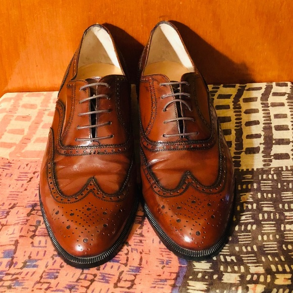 Wing Tip Laced Up Oxford   Poshmark